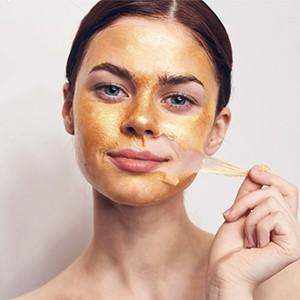 Как работают маски-пленки с золотом и глиттером?