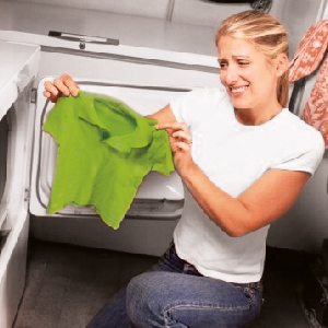 Что делать, если белье теряет цвет?